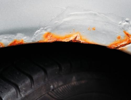 Lakschade: hoe roest verwijderen van je auto?