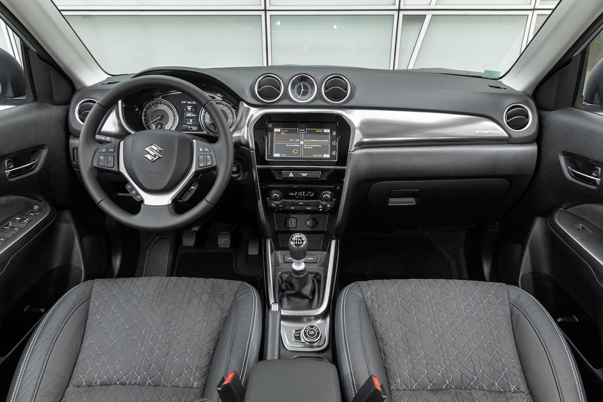 Suzuki Vitara Hybrid Interieur 2021 AutoReef Nieuwegein